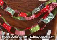 Fabric (paper type) Advent chain