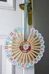 Clothespin Christmas Countdown