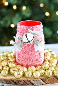 DIY Glitter Mason Jar Luminary